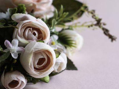 7 Tips for Working with Faux Flowers